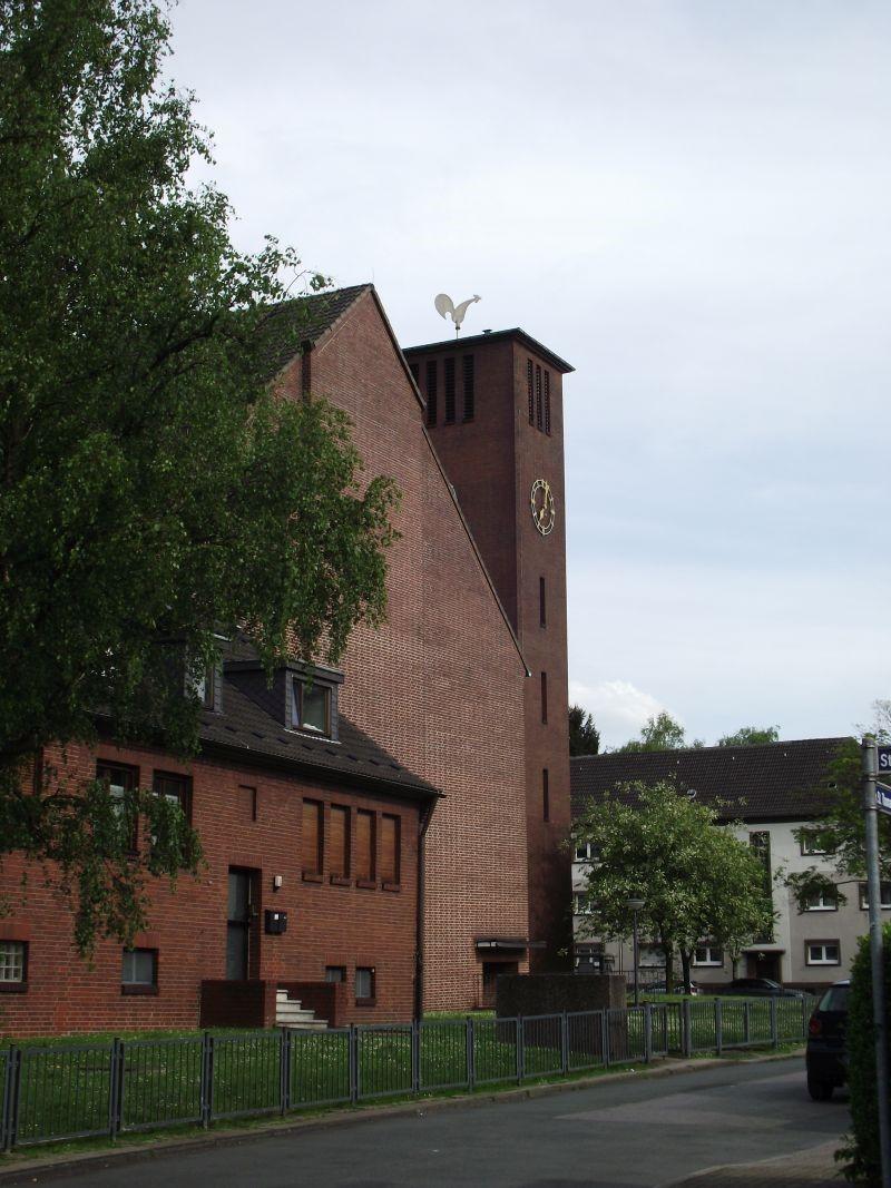 Hahn auf Glockenturm St.Thomas, Vogelheimer Str. 261-263