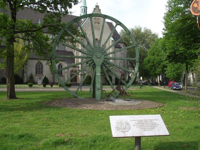 Gedenktafel an der Seilscheibe, Langhölterweg